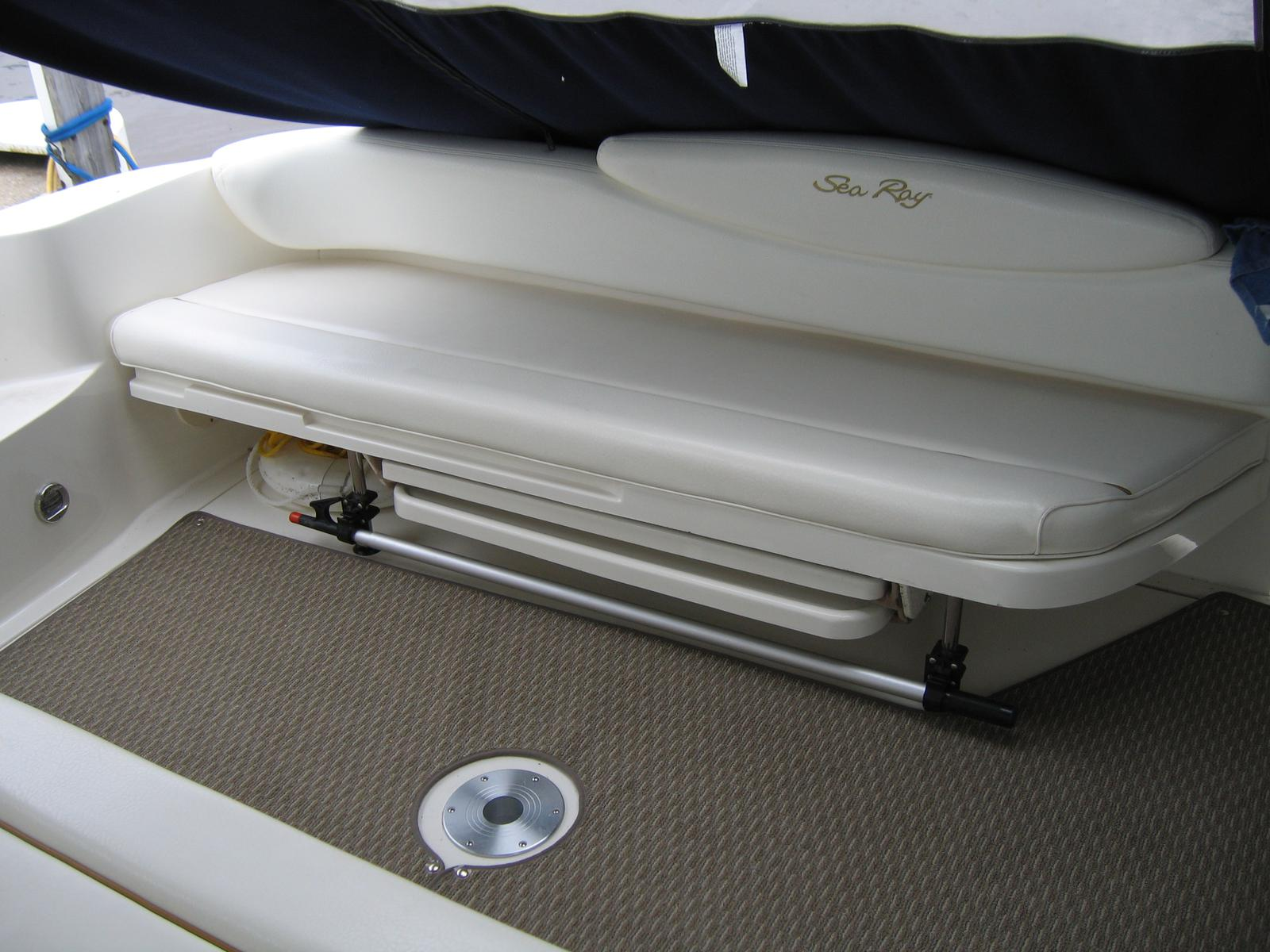 2000 Sea Ray boat for sale, model of the boat is 340 Sundancer & Image # 5 of 11