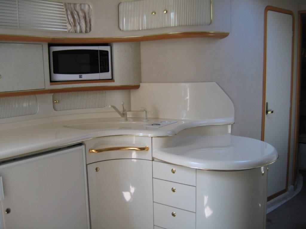 1996 Sea Ray boat for sale, model of the boat is 450 Sundancer & Image # 3 of 16
