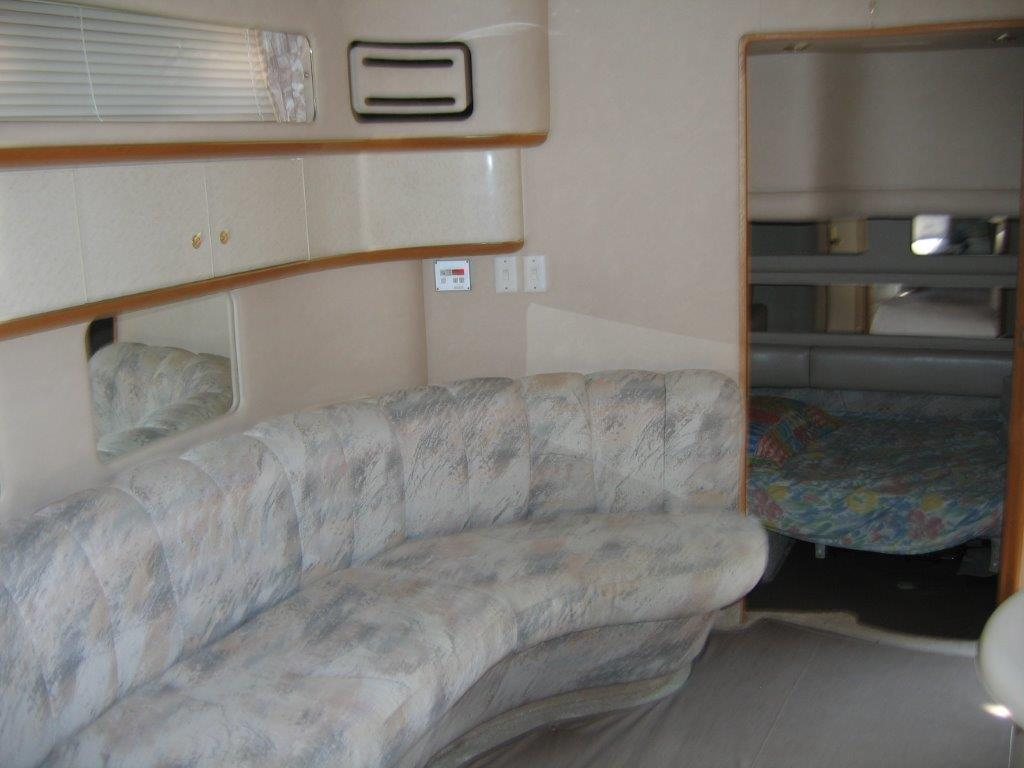 1996 Sea Ray boat for sale, model of the boat is 450 Sundancer & Image # 4 of 16