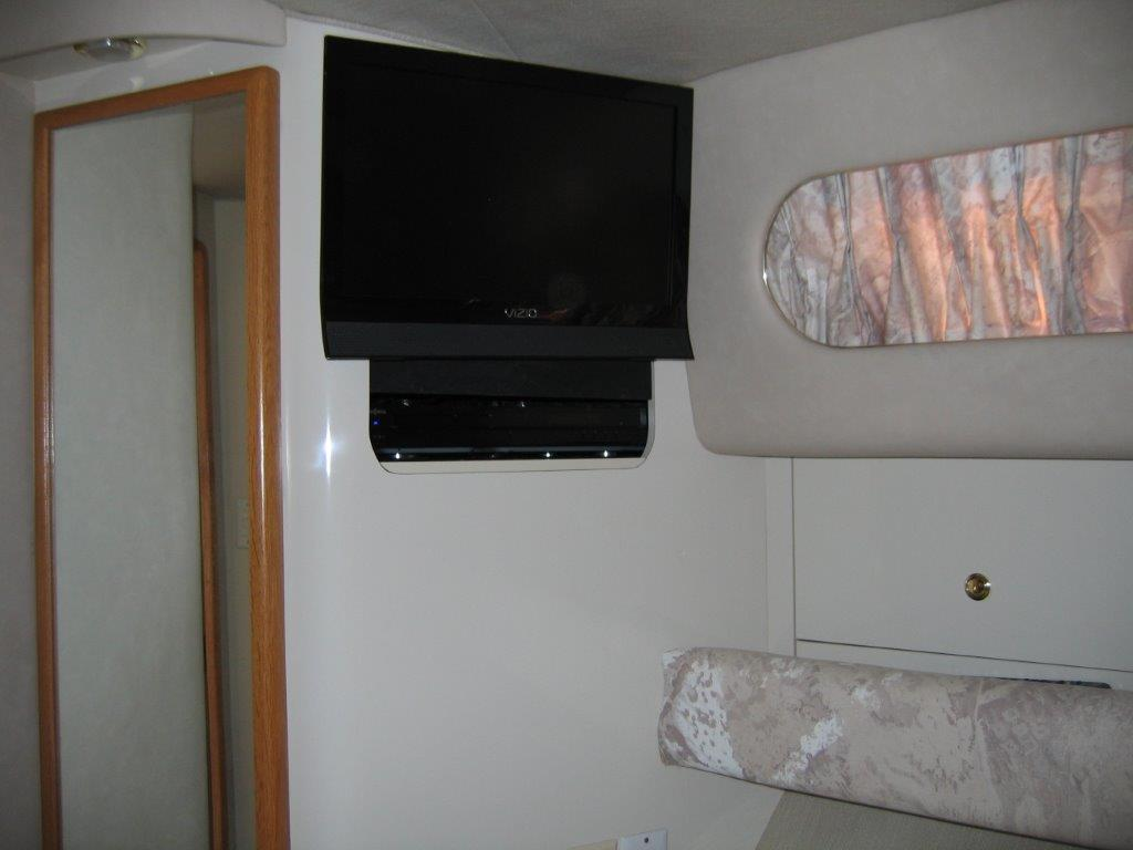 1996 Sea Ray boat for sale, model of the boat is 450 Sundancer & Image # 7 of 16