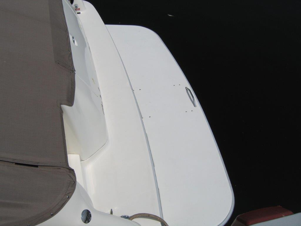1996 Sea Ray boat for sale, model of the boat is 450 Sundancer & Image # 12 of 16