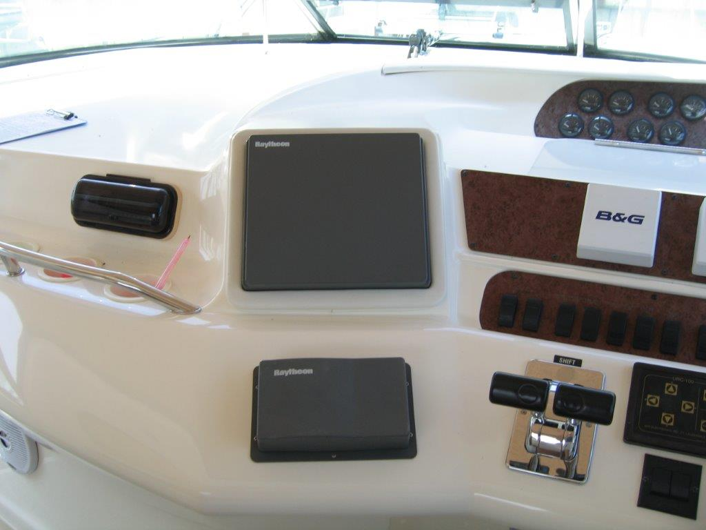 1996 Sea Ray boat for sale, model of the boat is 450 Sundancer & Image # 16 of 16