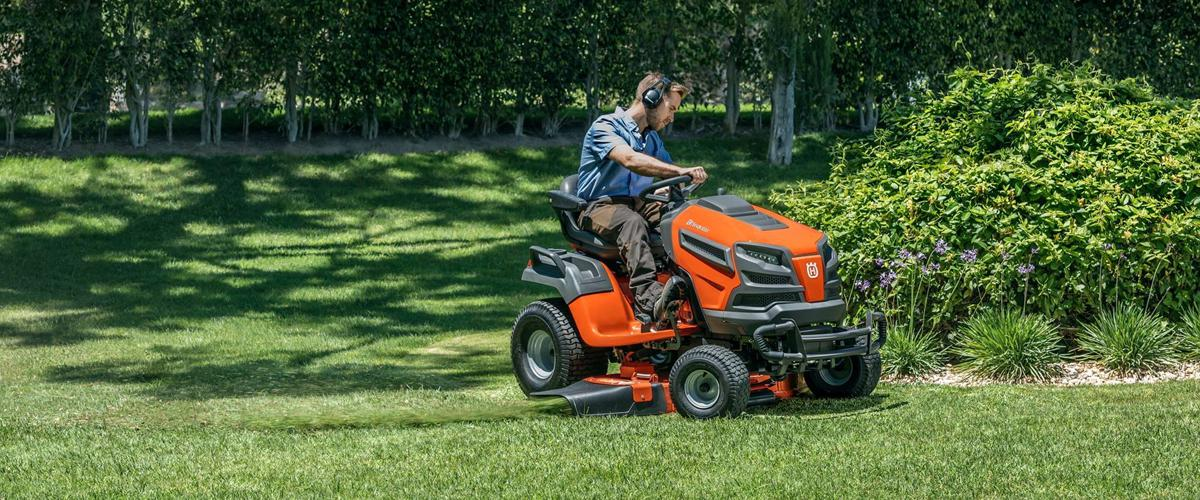 Husqvarna Lawn & Garden Equipment Bee\'s Sports St. Johns, MI (800 ...