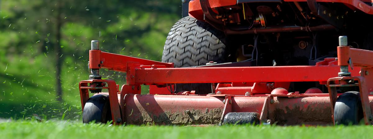 Zero-Turn Lawn Mowers