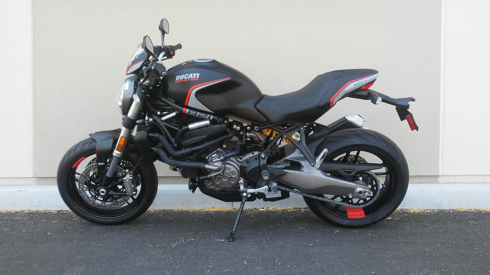 Ducati Monster 821 >> 2019 Ducati Monster 821