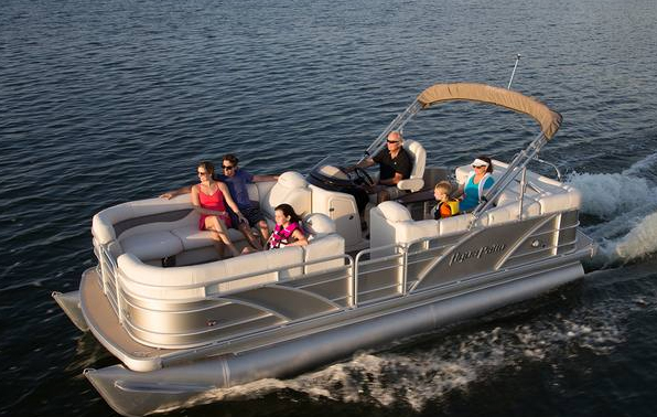 Aqua Patio Cruise Pontoons in Annandale, MN