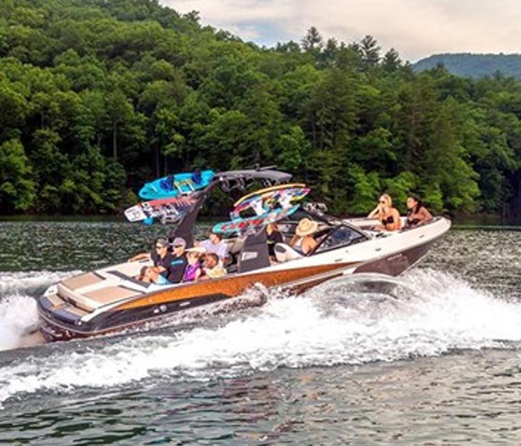 Malibu Wakesetter Wakeboard Boats