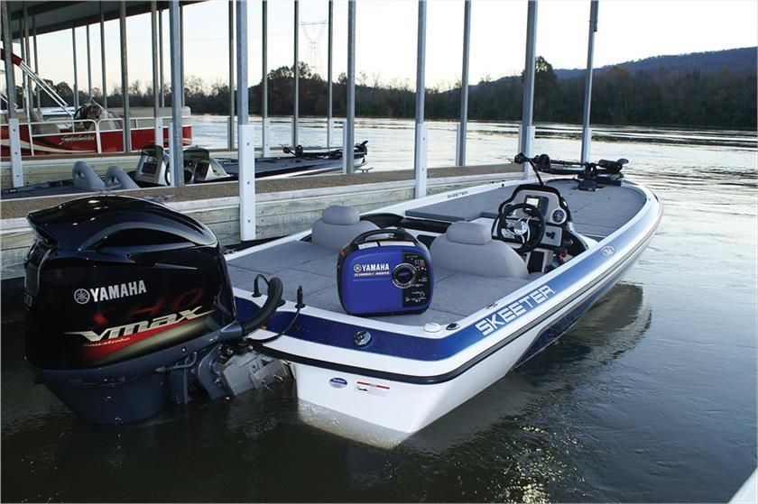 Yamaha outboard motors in Rockledge and New Smyrna Beach, FL