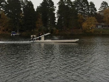 Flat Bottom Barge Cruising
