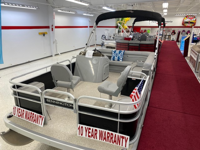 2020 Bennington boat for sale, model of the boat is 168 SFV & Image # 2 of 4