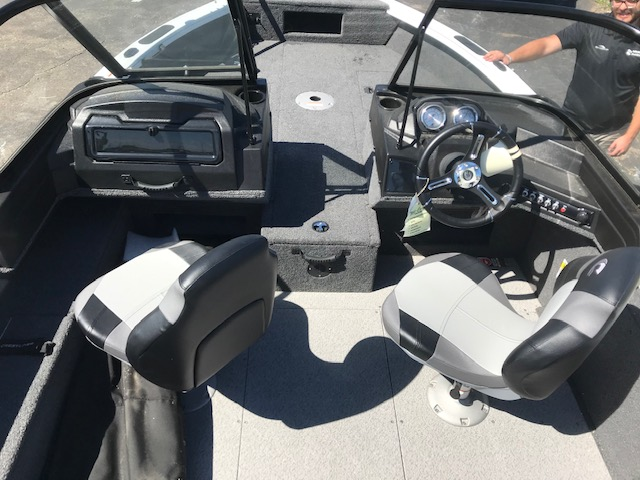 2020 Crestliner boat for sale, model of the boat is 1750 Fish Hawk Walk-through & Image # 5 of 25