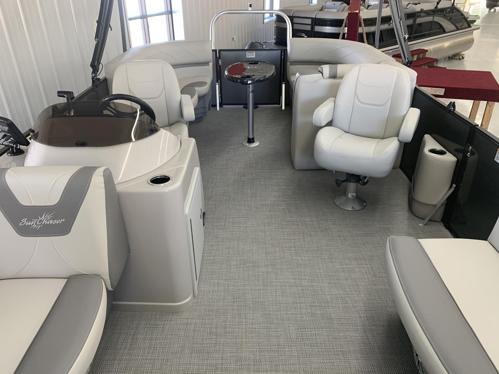 2020 SunChaser boat for sale, model of the boat is Geneva Cruise 20 LR DH & Image # 2 of 11