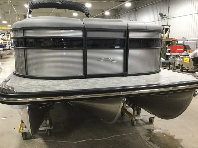 2020 Bennington boat for sale, model of the boat is 25 RSD & Image # 14 of 16