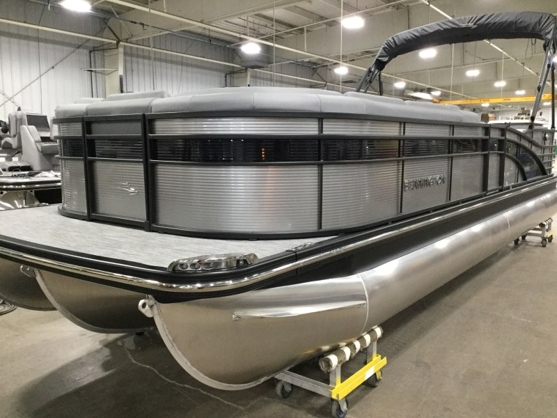2020 Bennington boat for sale, model of the boat is 25 RSD & Image # 1 of 16