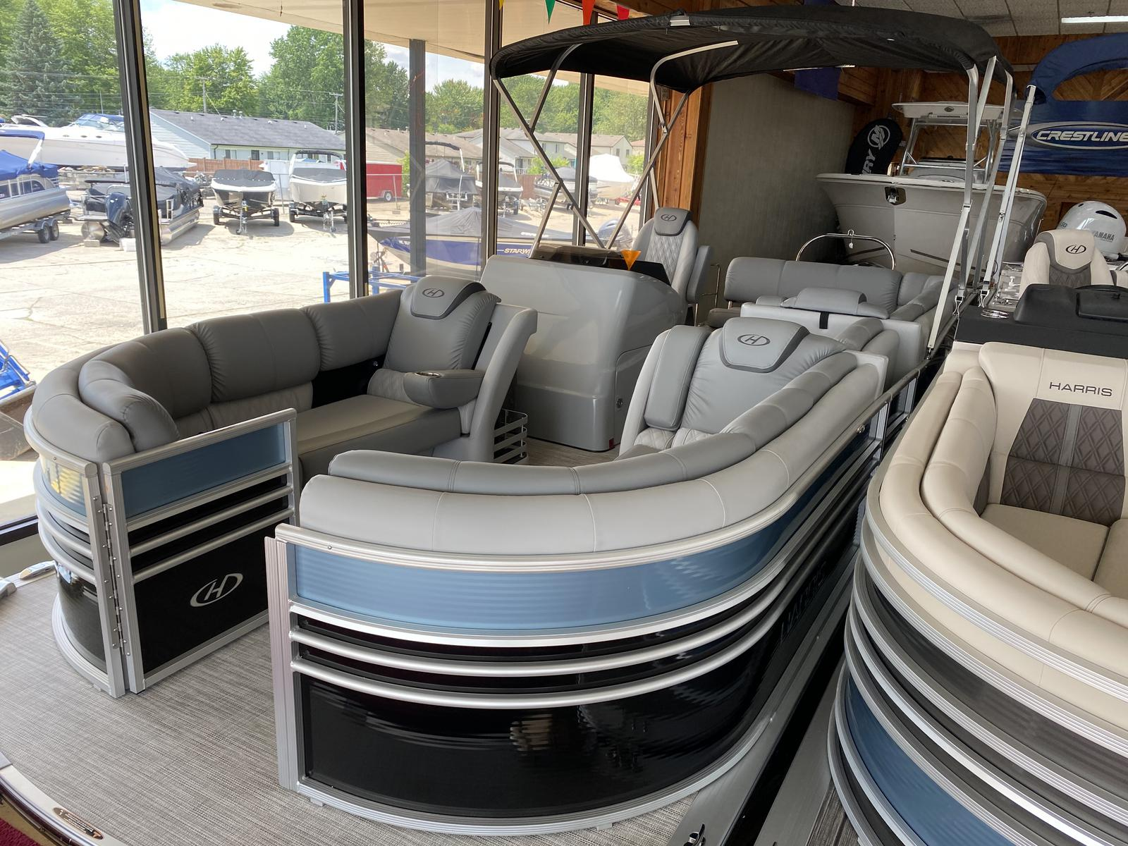 2020 Harris boat for sale, model of the boat is Grand Mariner 250 & Image # 1 of 13