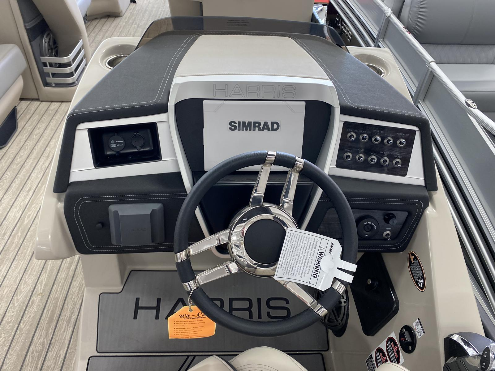 2020 Harris boat for sale, model of the boat is Grand Mariner 270 & Image # 3 of 12