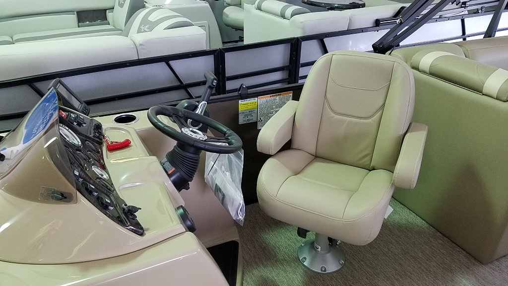 2020 SunChaser boat for sale, model of the boat is Geneva Cruise 22 LR DH & Image # 3 of 10