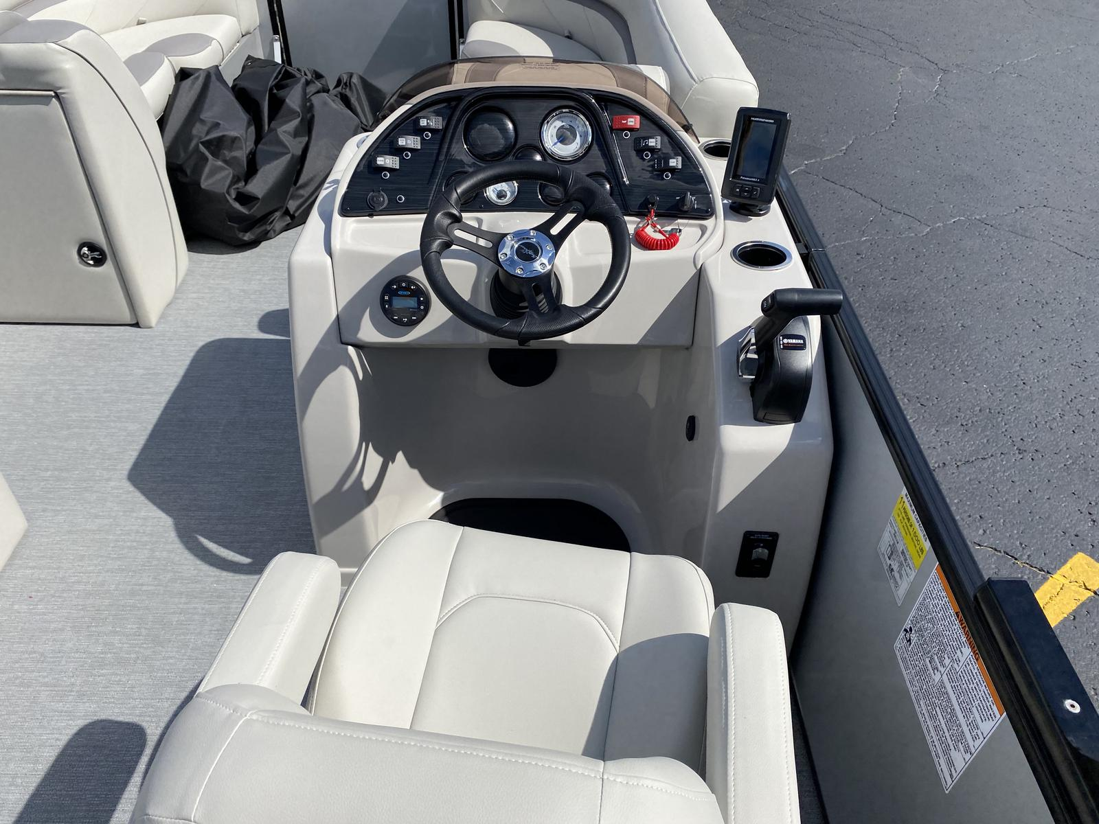 2020 SunChaser boat for sale, model of the boat is Geneva Cruise 22 SB & Image # 2 of 12