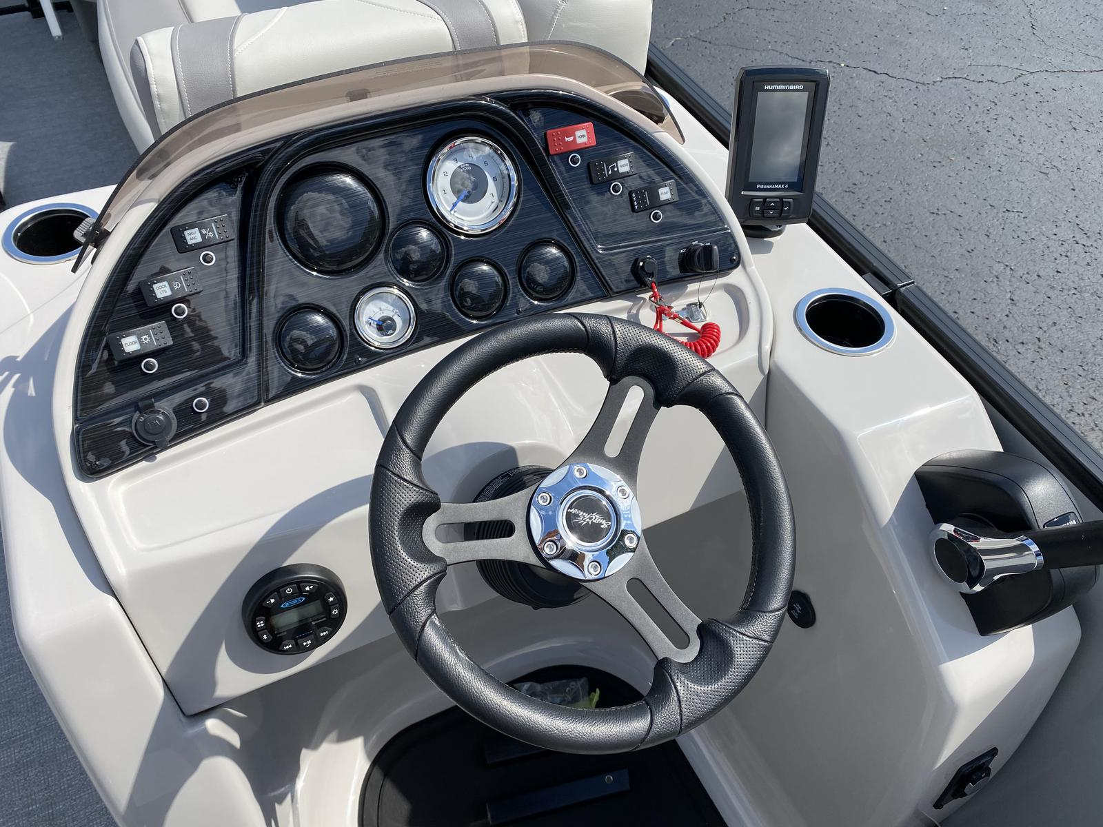 2020 SunChaser boat for sale, model of the boat is Geneva Cruise 22 SB & Image # 3 of 12