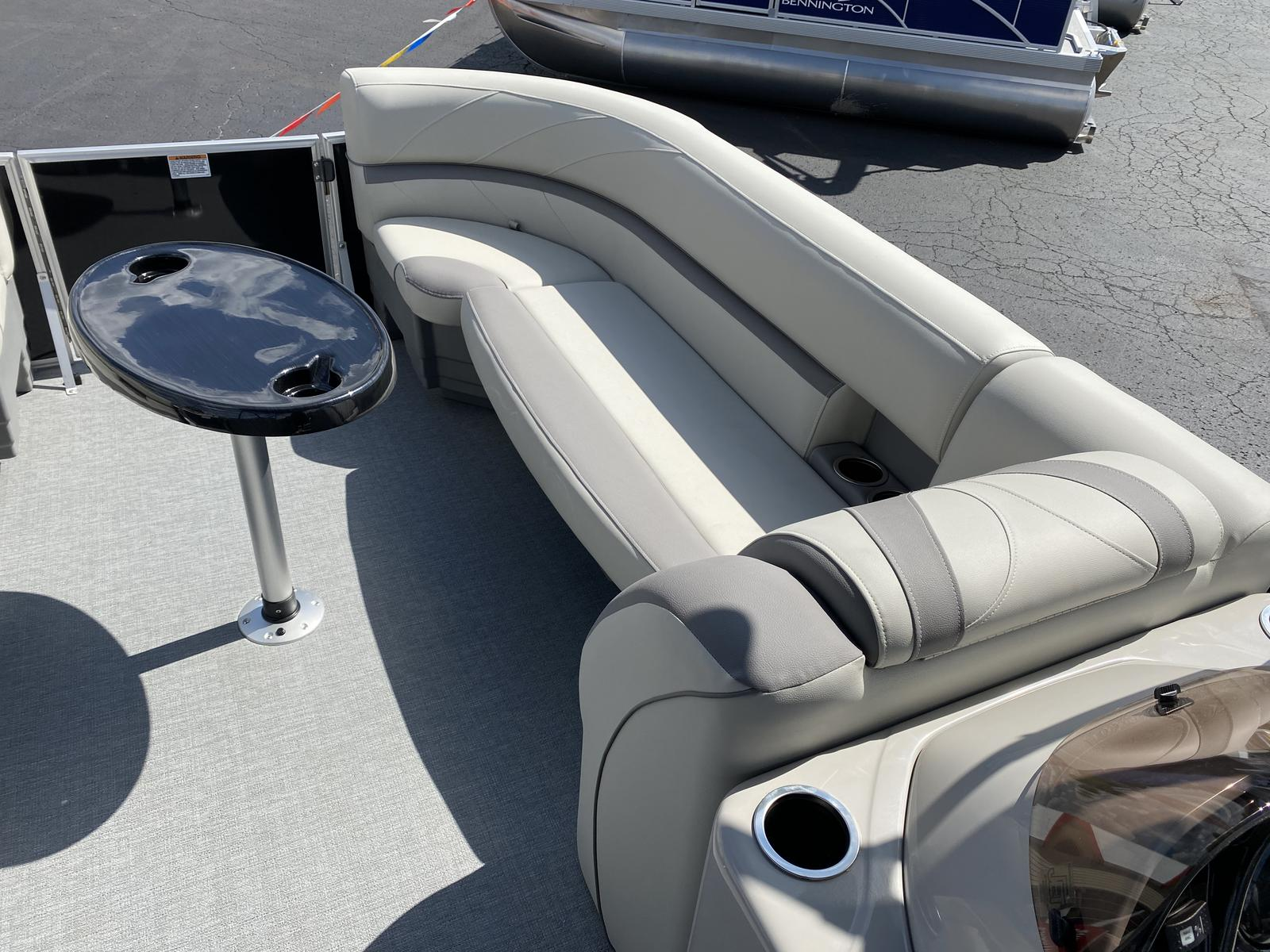 2020 SunChaser boat for sale, model of the boat is Geneva Fish 22 Fish DLX & Image # 4 of 19