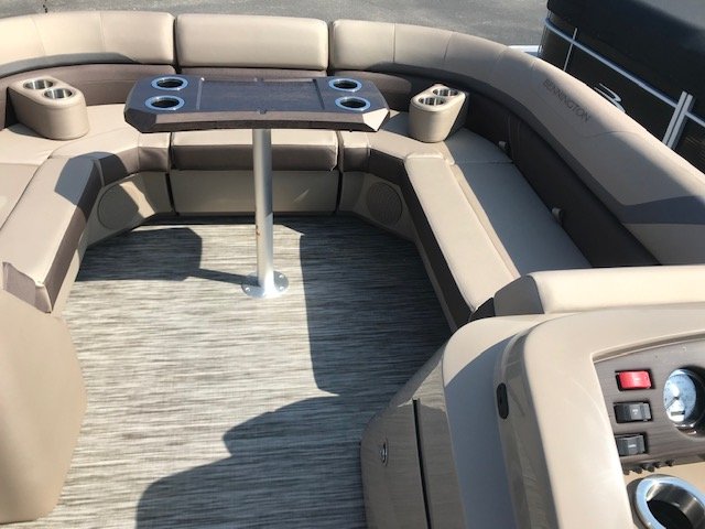 2021 Bennington boat for sale, model of the boat is 23 SSRX & Image # 15 of 16