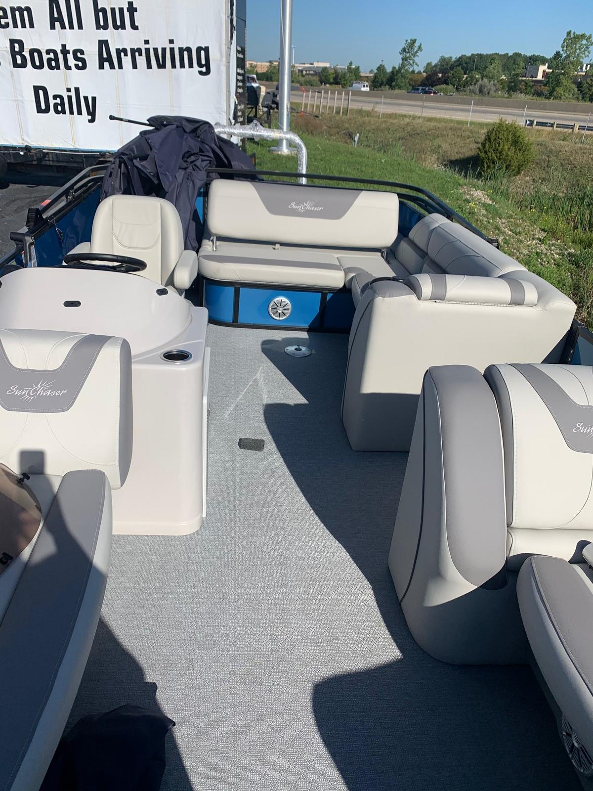 2020 SunChaser boat for sale, model of the boat is Geneva Cruise 22 SB & Image # 3 of 9