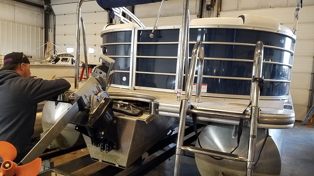 2018 Berkshire Pontoons boat for sale, model of the boat is STS Entertainment Series 25E STS 2.0 & Image # 2 of 17