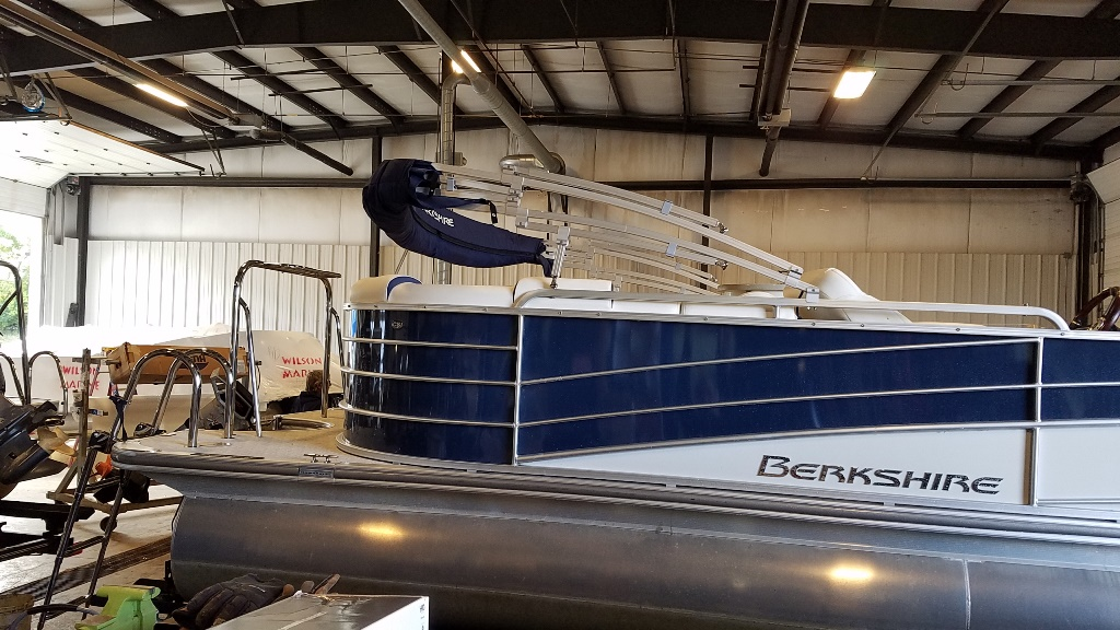 2018 Berkshire Pontoons boat for sale, model of the boat is STS Entertainment Series 25E STS 2.0 & Image # 3 of 17