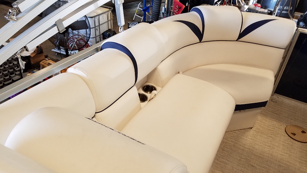 2018 Berkshire Pontoons boat for sale, model of the boat is STS Entertainment Series 25E STS 2.0 & Image # 15 of 17