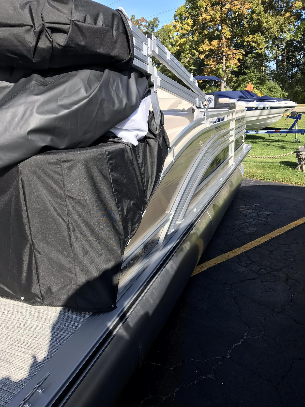 2021 Harris boat for sale, model of the boat is Solstice 230 & Image # 2 of 12