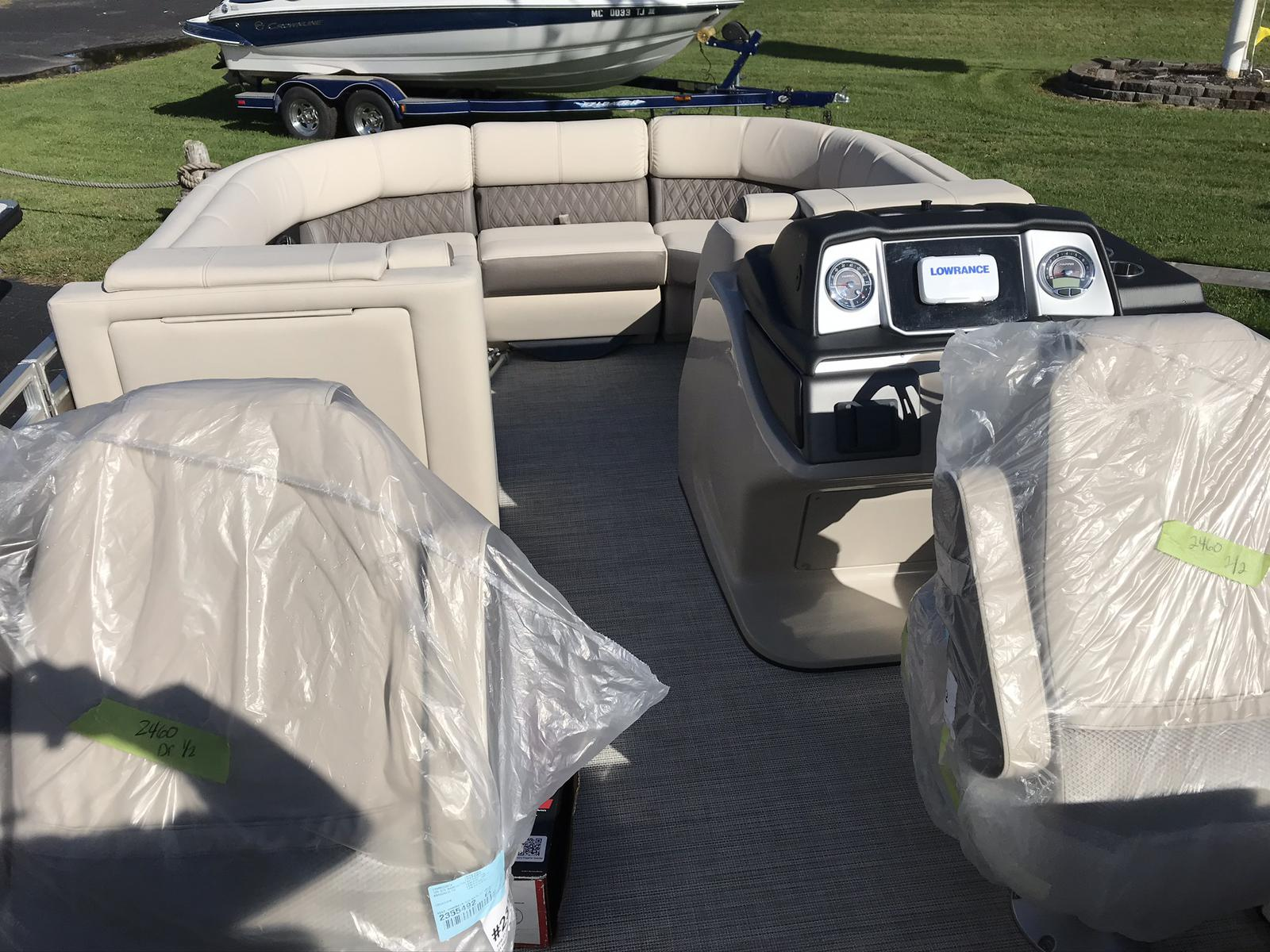 2021 Harris boat for sale, model of the boat is Solstice 230 & Image # 3 of 12