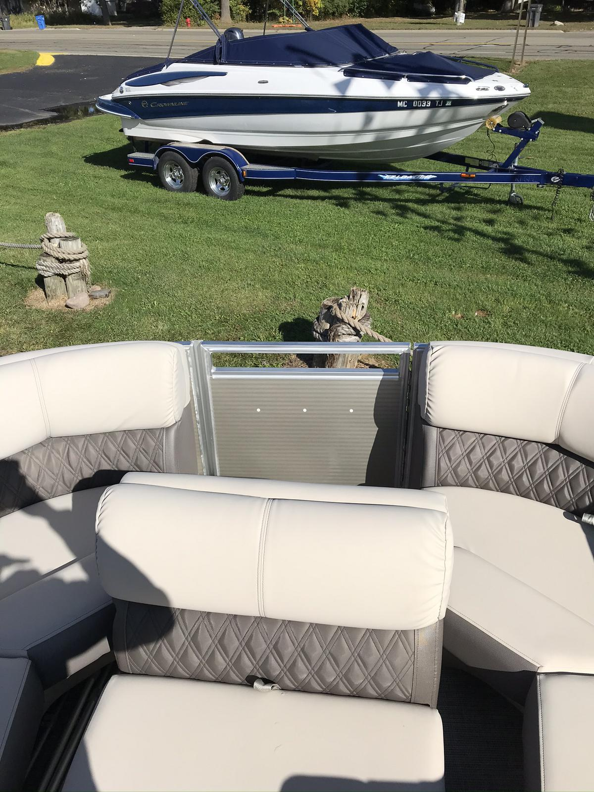 2021 Harris boat for sale, model of the boat is Solstice 230 & Image # 10 of 12