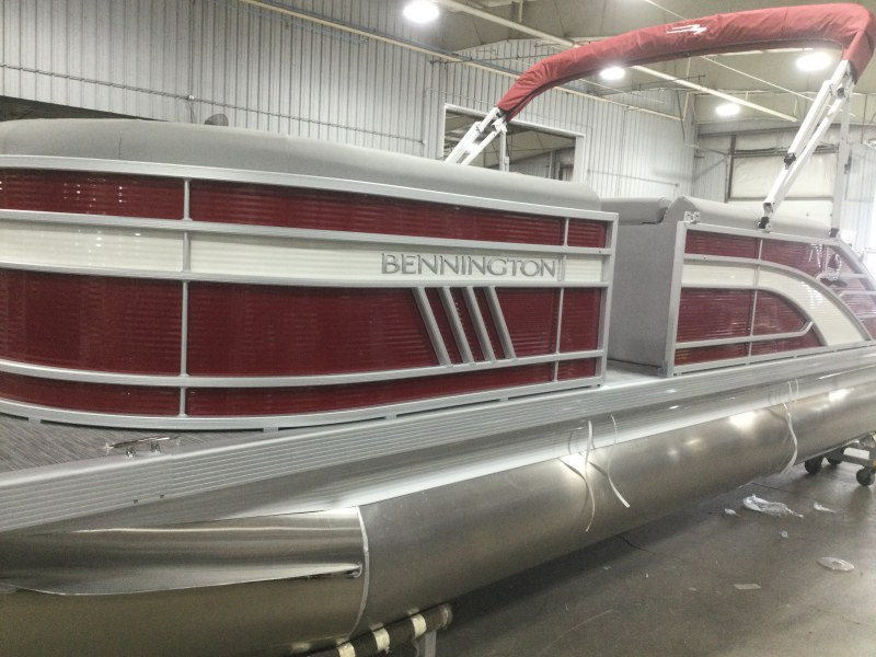 2021 BENNINGTON 23 LSB for sale