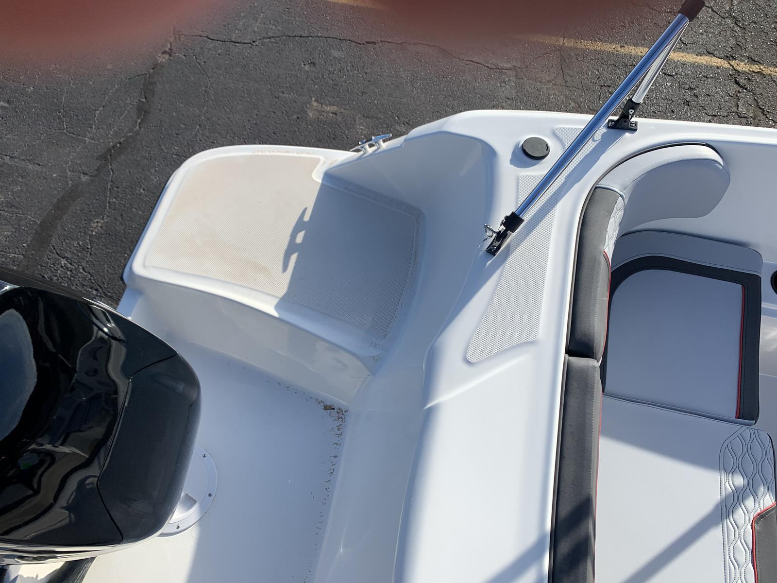 2021 Bayliner boat for sale, model of the boat is M-15 & Image # 7 of 11
