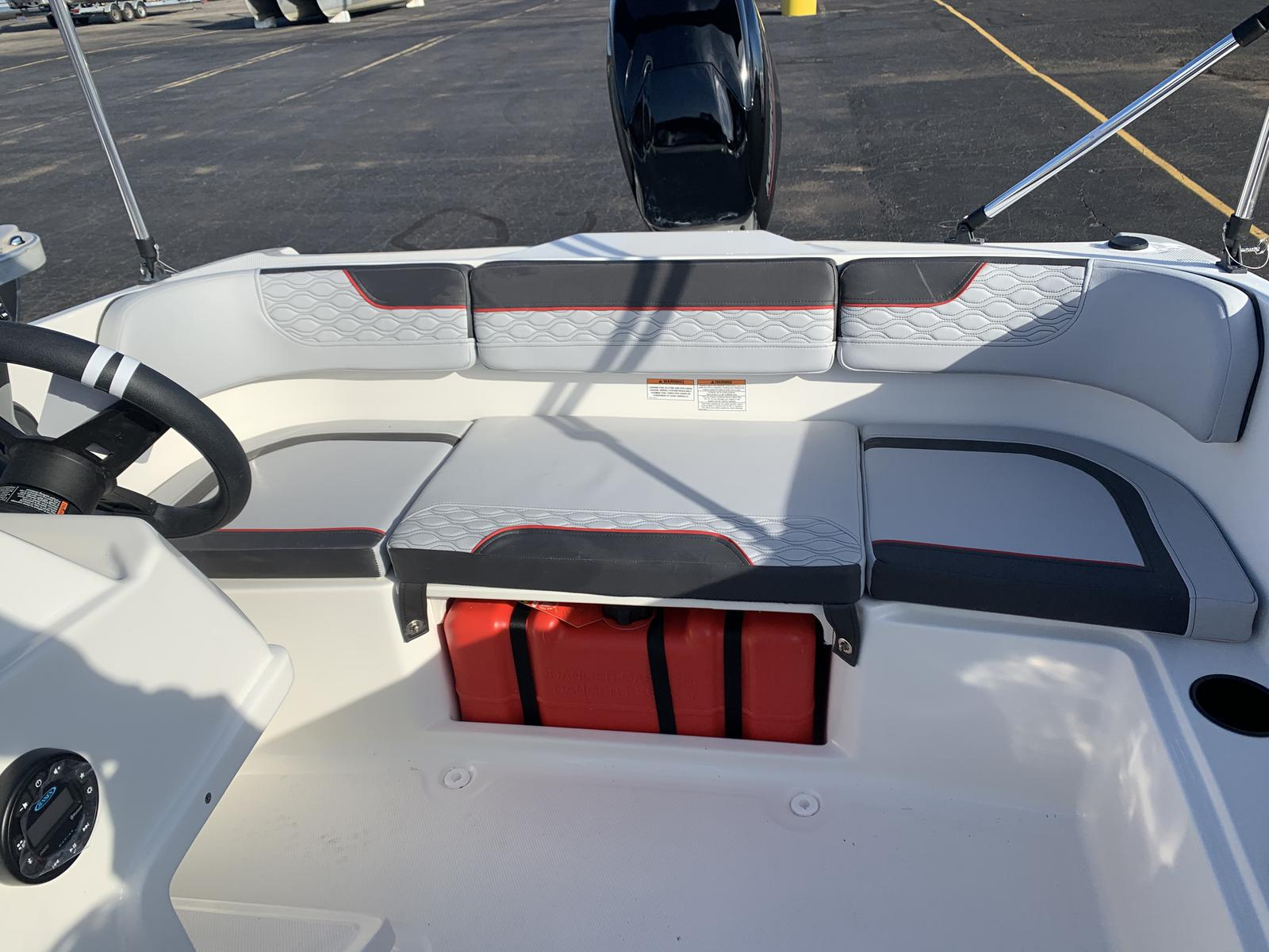 2021 Bayliner boat for sale, model of the boat is M-15 & Image # 10 of 11