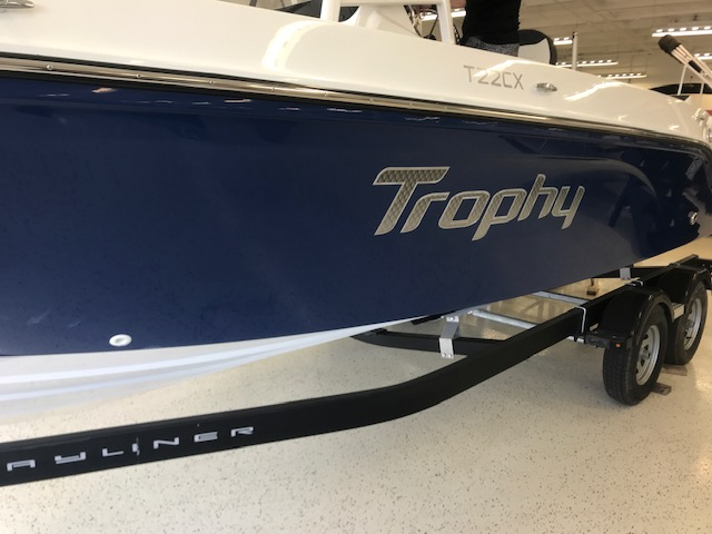 2021 Bayliner boat for sale, model of the boat is T22CX & Image # 2 of 17