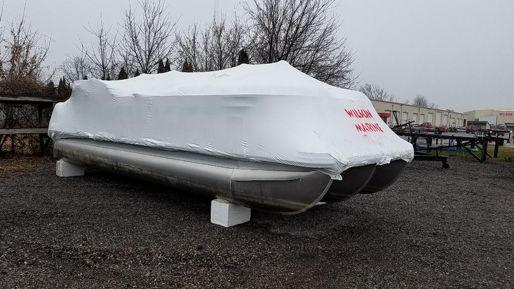 2016 Bennington boat for sale, model of the boat is 2250 GSR & Image # 1 of 6