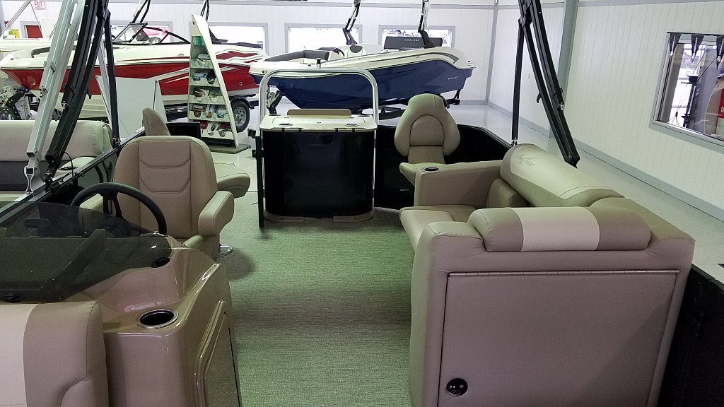 2021 SunChaser boat for sale, model of the boat is Geneva Fish 20 Fish & Image # 3 of 8
