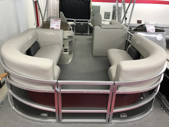 2021 SunChaser boat for sale, model of the boat is Vista 20 Fish & Image # 4 of 11