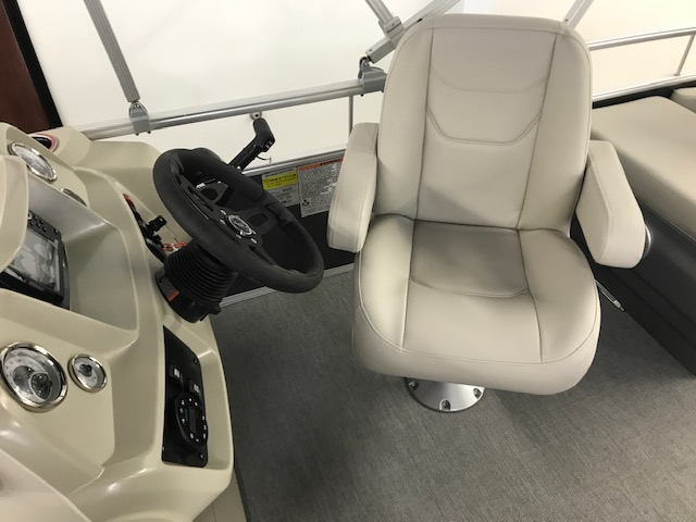 2021 SunChaser boat for sale, model of the boat is Vista 20 Fish & Image # 7 of 11