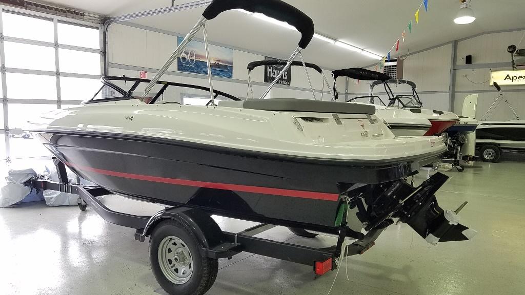 2021 Bayliner boat for sale, model of the boat is VR4 Bowrider & Image # 2 of 15