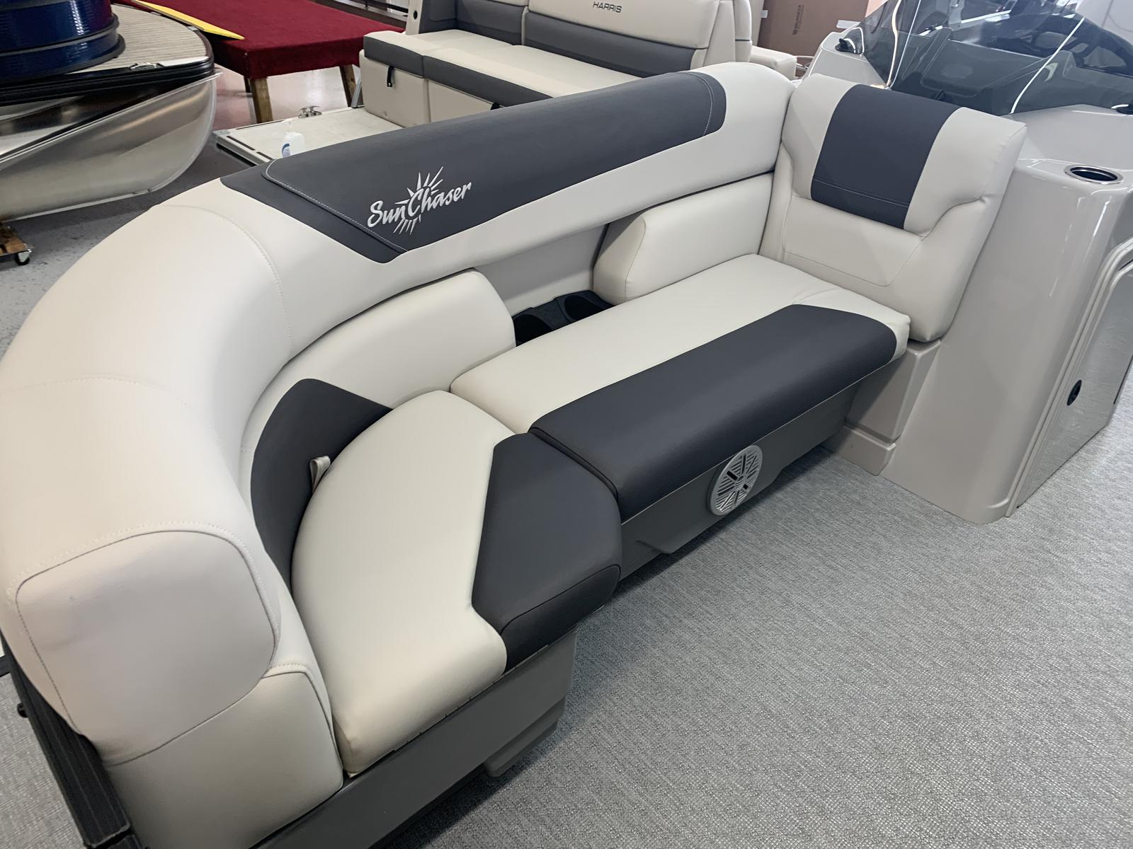 2021 SunChaser boat for sale, model of the boat is Geneva Cruise 22 SB & Image # 2 of 14