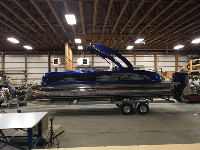 2016 Manitou boat for sale, model of the boat is 25 X-Plode SES & Image # 2 of 6