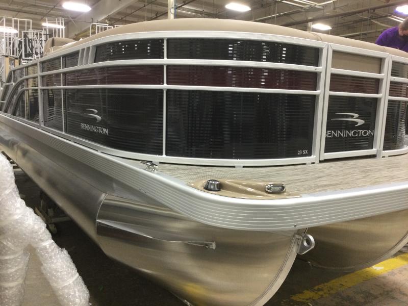 2021 Bennington boat for sale, model of the boat is 23 SSBX & Image # 1 of 22