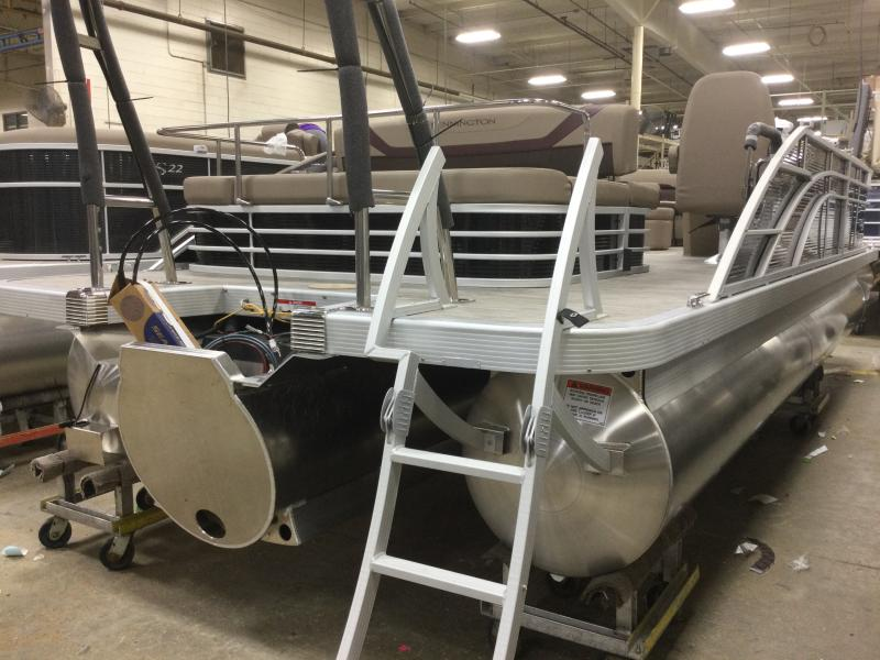 2021 Bennington boat for sale, model of the boat is 23 SSBX & Image # 11 of 22