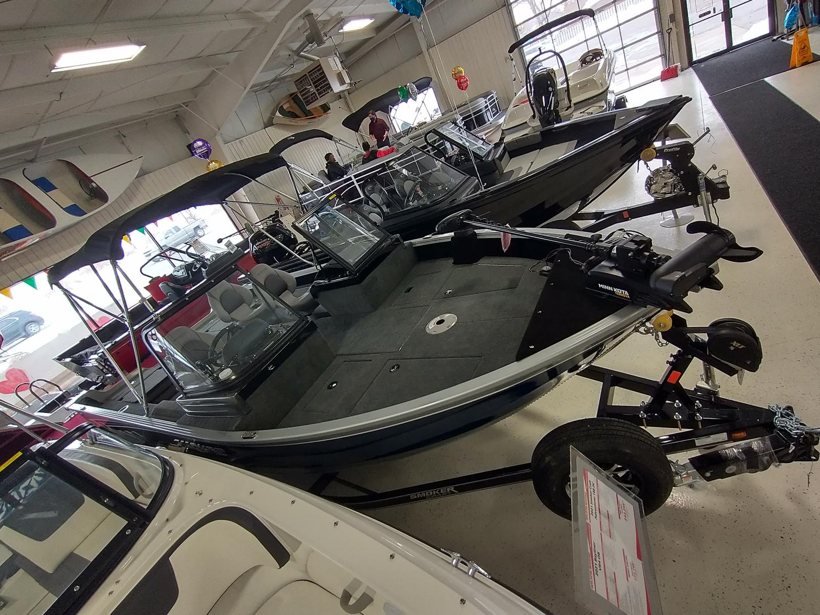 2021 Smoker Craft boat for sale, model of the boat is Adventurer 188 DC & Image # 2 of 23