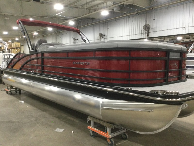 2021 Bennington boat for sale, model of the boat is 25 RSB & Image # 7 of 27