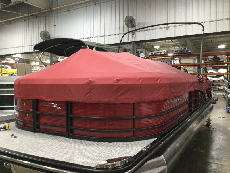 2021 Bennington boat for sale, model of the boat is 25 RSB & Image # 9 of 27