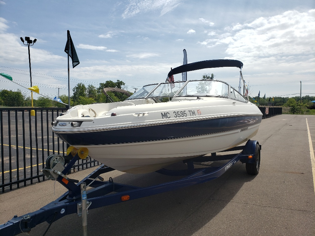 2013 Stingray Boats boat for sale, model of the boat is 208LR & Image # 1 of 15