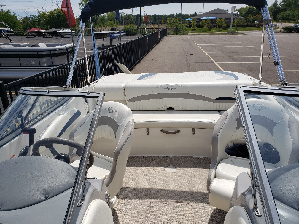 2013 Stingray Boats boat for sale, model of the boat is 208LR & Image # 4 of 15